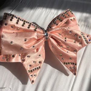 🎀real crystal pink cheer bow🎀